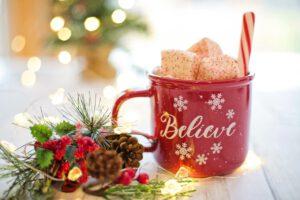 Read more about the article Die 11 besten Tipps für eine schöne Adventszeit mit Kindern
